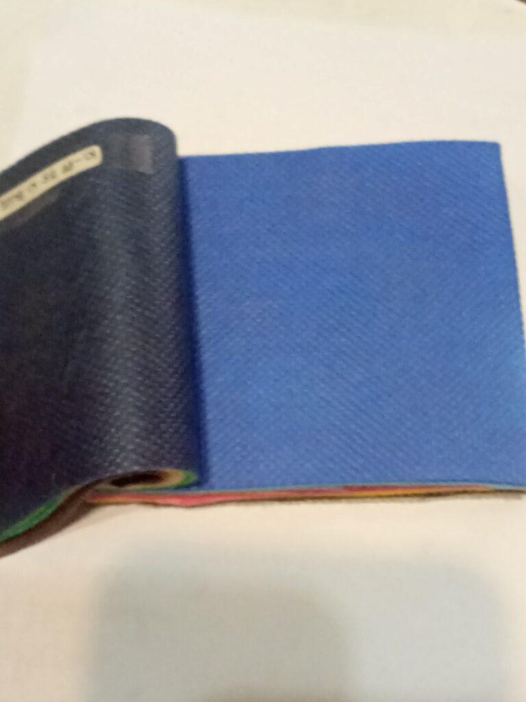 contoh warna biru laut